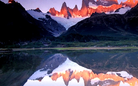 Lake Snow Mountain Mount Fitzroy Los Glaciares National Park Patagonian Andes Argentina 800x412